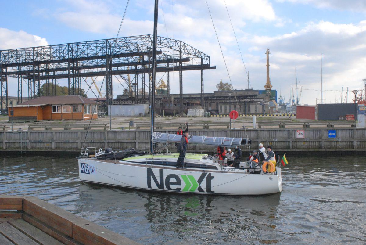 """Paskutinėje jūrinėje regatoje – užtikrinta klaipėdiečių įgulos """"Next"""" pergalė"""